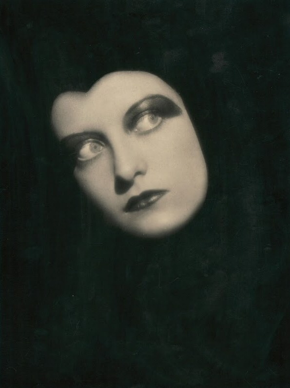 1928. Shot by Ruth Harriet Louise.