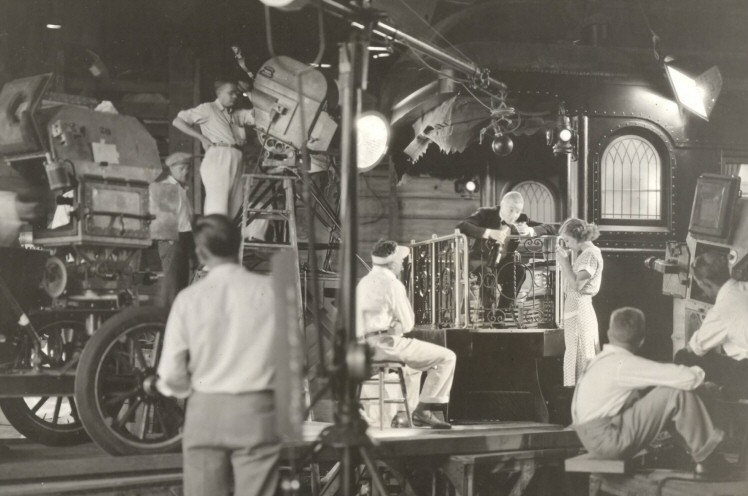 1931. On the set of 'Possessed.'
