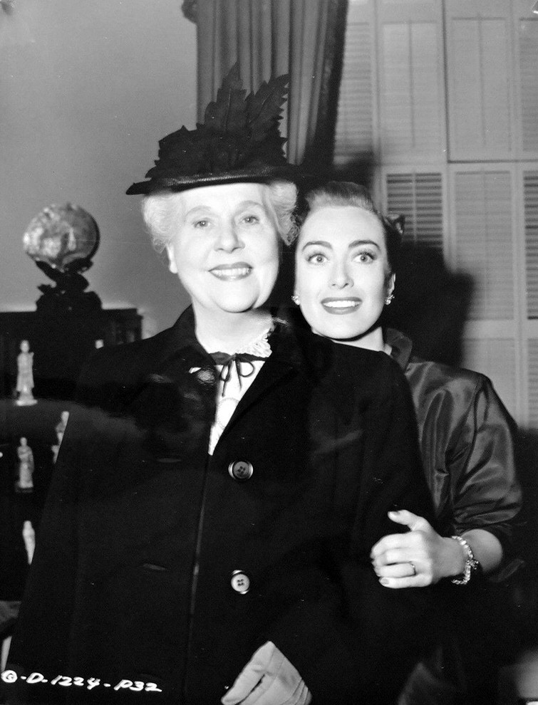 1950. On the set of 'Harriet Craig' with Viola Roache.