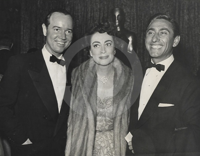 1952 at the Pantages theater. With Earl Blackwell, left, and director David Miller.