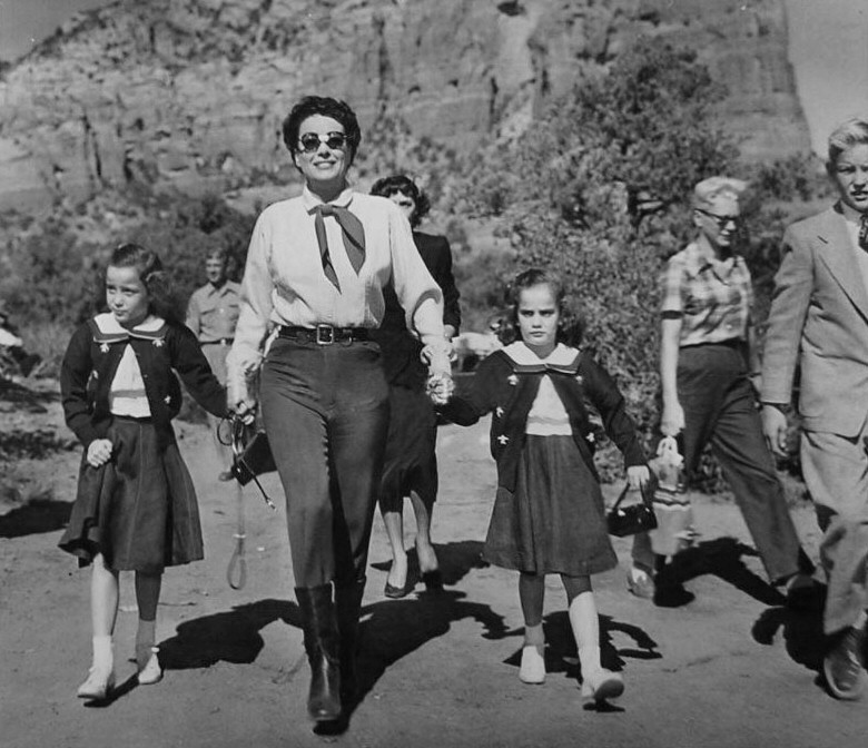 1954. On the set of 'Johnny Guitar' with the twins and Chris. (Thanks to Bryan Johnson.)