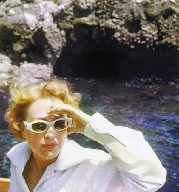 1955 in Capri on her honeymoon. (Thanks to Bryan Johnson.)