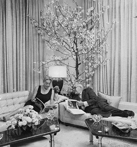 Sept. 27, 1958. Joan and Al at home. 2 East 70th Street, at Fifth Ave.