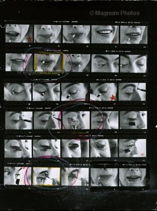 1959. Contact sheet by photographer Eve Arnold.