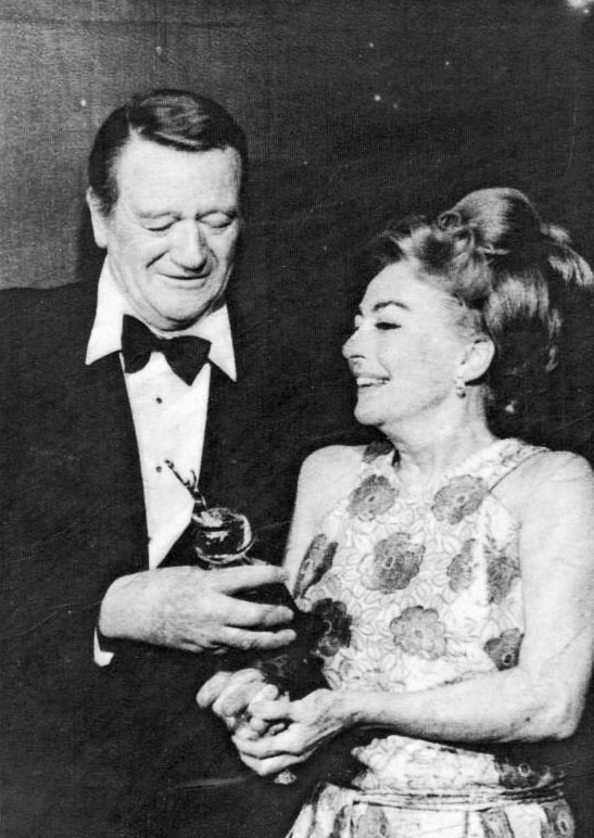 2/3/70 Golden Globes, with John Wayne. (Thanks to Bryan Johnson.)