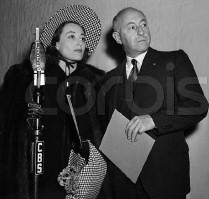 Joan and DeMille on the Lux Radio Theater set, 1938. Source: CORBIS.