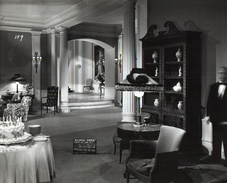 Beragon estate interior.
