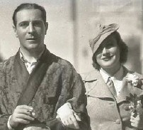 Joan with Ricardo Cortez, fall 1932.