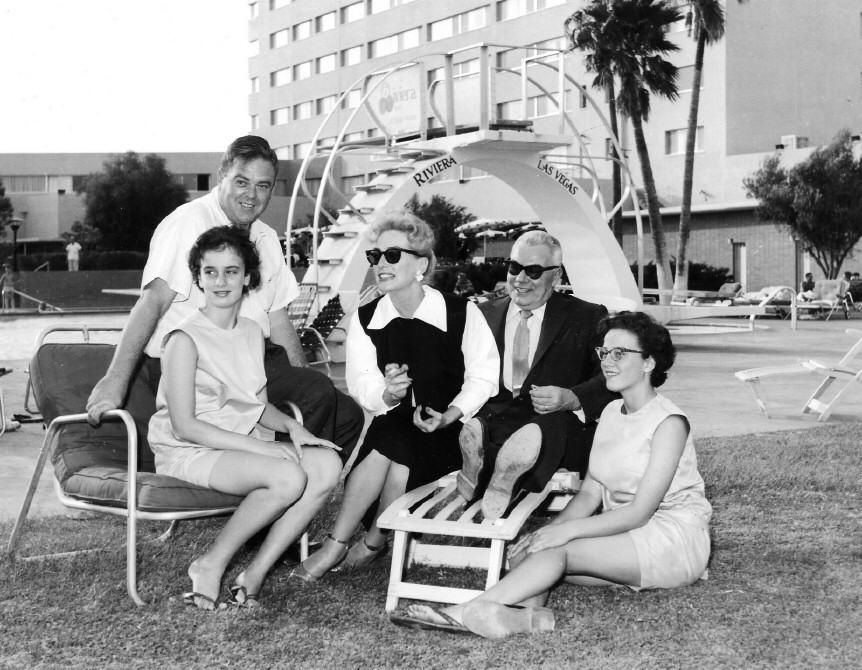joan crawford images 1958